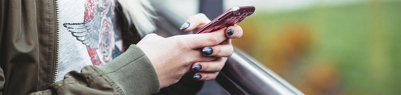 Красивый маникюр для ногтей.
